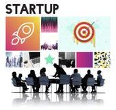 Conceito Startup de Rocketship dos objetivos de negócios do lançamento Fotografia de Stock