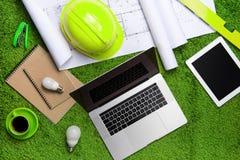 Conceito verde do ambiente da ecologia do negócio foto de stock