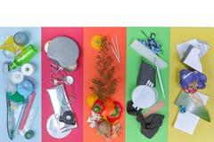 Conceito Waste da segregação, 5 tipos de lixo, espaço superior da cópia Imagens de Stock Royalty Free