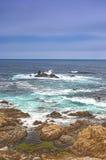 Conceitos do curso Vista surpreendente da linha costeira pacífica Fotos de Stock Royalty Free