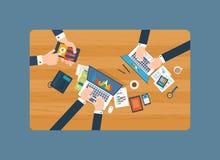 Conceitos para a análise de negócio, a consulta, os trabalhos de equipa, o relatório financeiro e a estratégia Imagem de Stock Royalty Free