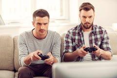 Concentré sur le jeu image libre de droits