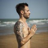 Concentração Serene Relaxation Concept calmo da meditação da ioga fotografia de stock royalty free