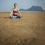 Concentração Serene Relaxation Concept calmo da meditação da ioga fotografia de stock