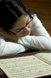 Concentrar al pianista Fotos de archivo libres de regalías