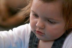 Concentrazione del bambino Fotografie Stock