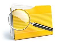Concep da busca do arquivo Dobradores e lupa ou lupa Imagem de Stock Royalty Free