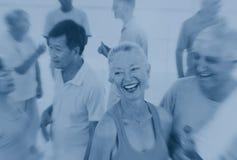 Concept adulte supérieur d'amitié de soins de santé de forme physique Photos stock