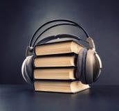 Concept audio de livre Photographie stock libre de droits