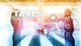 Concept belastingen door individuen en bedrijven zoals vat, inkomen en vermogensbelasting wordt betaald die Belastingsbetaling De stock afbeelding