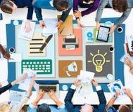 Concept Blogging de courrier électronique Internet de media d'idée de blog satisfait photo libre de droits