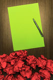 Concept brilliant or good idea. With highlighted green paper and Royalty Free Stock Photography