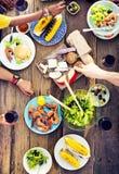 Concept délicieux de repas de partie de célébration de Tableau de nourriture Photographie stock libre de droits