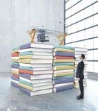 Concept d'éducation avec l'homme d'affaires Images stock