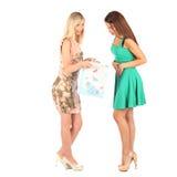 Concept d'achats et de tourisme - belles filles avec des sacs Photographie stock