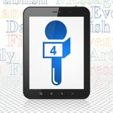 Concept d'actualités : Tablette avec le microphone sur l'affichage Photo libre de droits