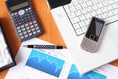 Concept d'affaires - analyser de marché boursier photographie stock libre de droits