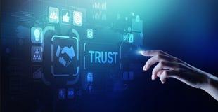 Concept d'affaires de fiabilité de relations clientèle de confiance Pointage et pressurage sur l'écran virtuel images libres de droits