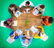 Concept d'affaires de planification de communication d'analyse de données de réunion photo stock