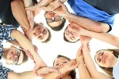 Concept d'amitié, de jeunesse et de personnes - groupe Photo stock