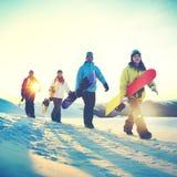 Concept d'amitié de sport d'hiver de surf des neiges de personnes Image libre de droits