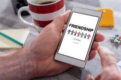 Concept d'amitié sur un smartphone Images libres de droits