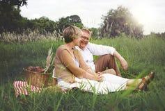 Concept d'amour de relaxation de datation de mari d'épouse de couples Photos libres de droits