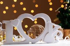 Concept d'amour et d'hiver - lettres en bois Photos libres de droits