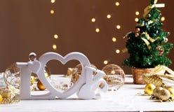 Concept d'amour et d'hiver - lettres en bois Image stock