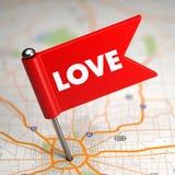 Concept d'amour - petit drapeau sur un fond de carte. Photo libre de droits