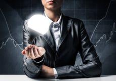 Concept d'ampoule comme symbole de nouvelle idée Photos libres de droits