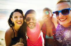 Concept d'amusement d'unité de vacances d'amitié d'amis Photos libres de droits