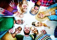 Concept d'amusement d'unité de vacances de loisirs d'amitié d'amis Photographie stock