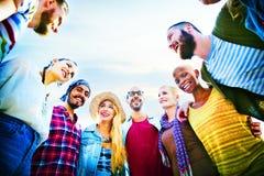 Concept d'amusement d'unité de vacances de loisirs d'amitié d'amis Photo libre de droits