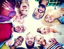 Concept d'amusement d'unité de vacances de loisirs d'amitié d'amis Image stock