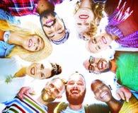 Concept d'amusement d'unité de vacances de loisirs d'amitié d'amis Photos stock