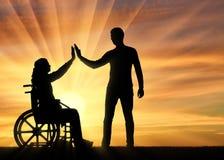Concept d'appui et d'aide aux personnes handicapées Photos libres de droits