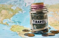 Concept d'argent de l'épargne de voyage Image stock