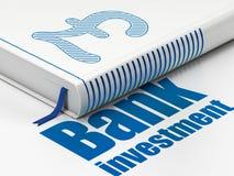 Concept d'argent : réservez livre, investissement de banque sur le fond blanc Photo libre de droits