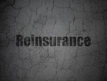 Concept d'assurance : Réassurance sur le fond grunge de mur illustration libre de droits