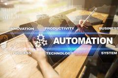 Concept d'automation comme innovation, améliorant la productivité, la fiabilité en technologie et les processus d'affaires photos libres de droits
