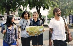 Concept d'aventure de randonneur de voyage d'amis Photographie stock libre de droits