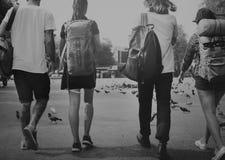 Concept d'aventure de randonneur de voyage d'amis Photos libres de droits