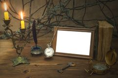 Concept d'aventurier Concept de table de voyageur explorateur Cadre de photo de vintage avec l'espace de copie photos libres de droits