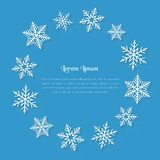Concept d'hiver avec l'espace et des flocons de neige de copie comme cadre des textes Photo libre de droits