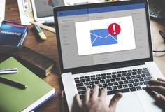 Concept d'icône d'avis de boîte de réception de message photographie stock