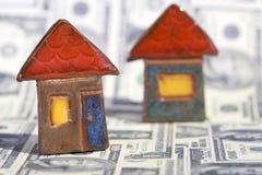 Concept d'immeubles avec des billets d'un dollar Photo stock