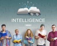 Concept d'intelligence de développement d'inspiration d'éducation Photos libres de droits