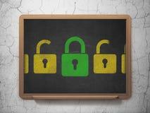 Concept d'intimité : icône de cadenas fermée par vert dessus Image libre de droits