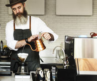 Concept d'ordre de Prepare Coffee Working de barman photographie stock libre de droits